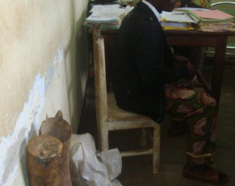EAL - LAGA ivory dealer arrested